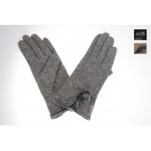 Woollen Ladies Glove 05